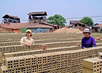 Lập kế hoạch bảo vệ môi trường cho dự án xây dựng cơ sở sản xuất gạch ngói