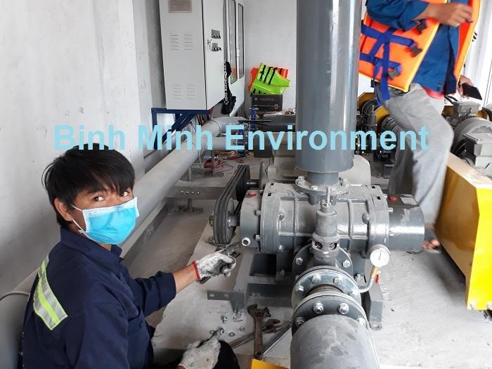 Bảo trì hệ thống xử lý nước thải - Kiểm tra mức dầu - nhớt
