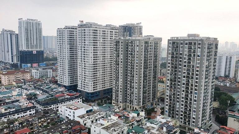 Hình 1. Nhiều chung cư bị giảm giá nhà đầu tư bán cắt lỗ do dịch Covid 19
